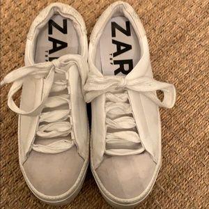 Zara white sneaker size 38